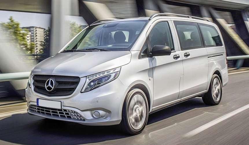 Minivan Mercedes Vito Tourer